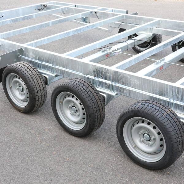 TH 6m60 P 3500 kg 3 x 1350 kg